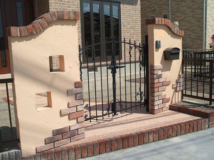 塗り壁門塀