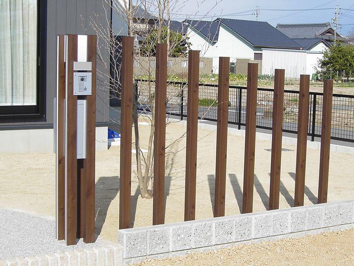 木目調機能門柱